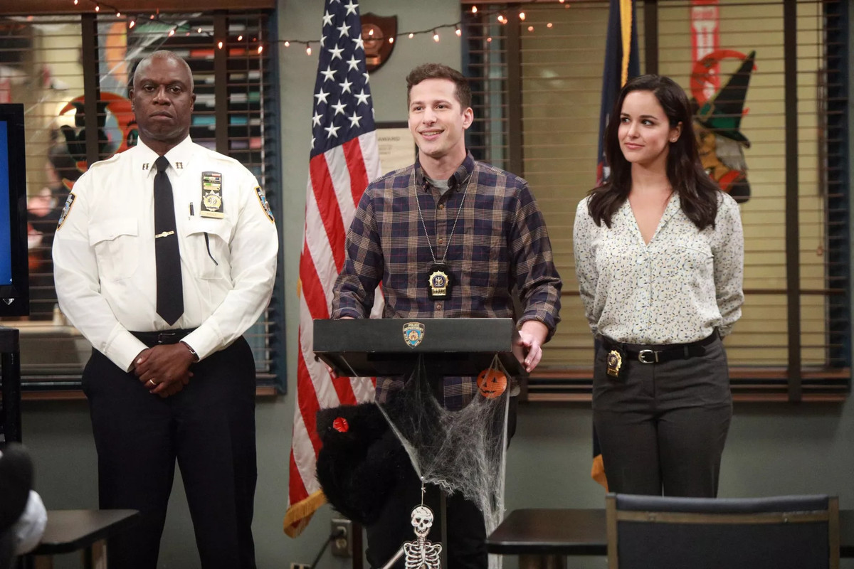Holt, Jake, and Amy present the Halloween Heist