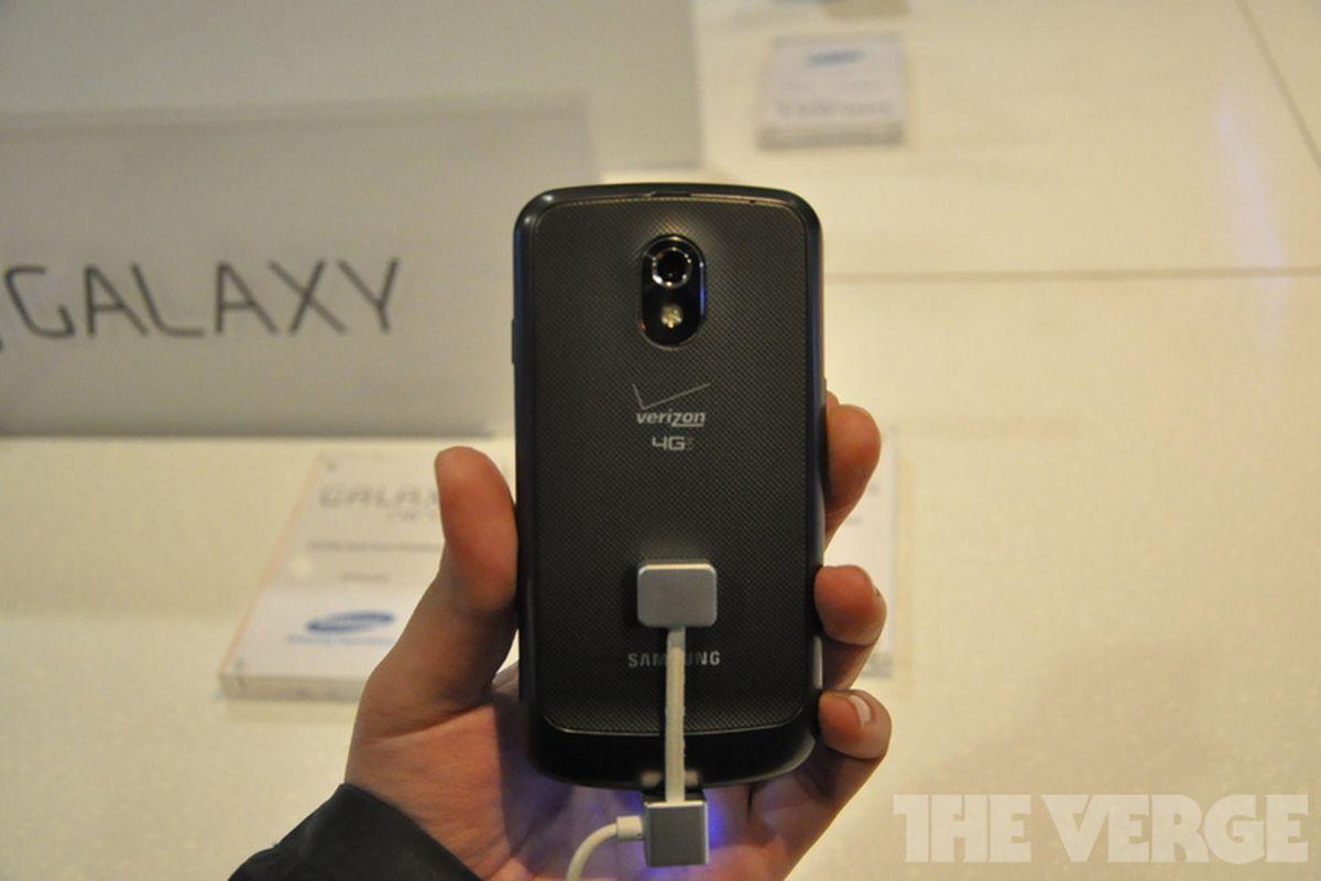 Galaxy Nexus LTE Verizon Wireless Hands-On