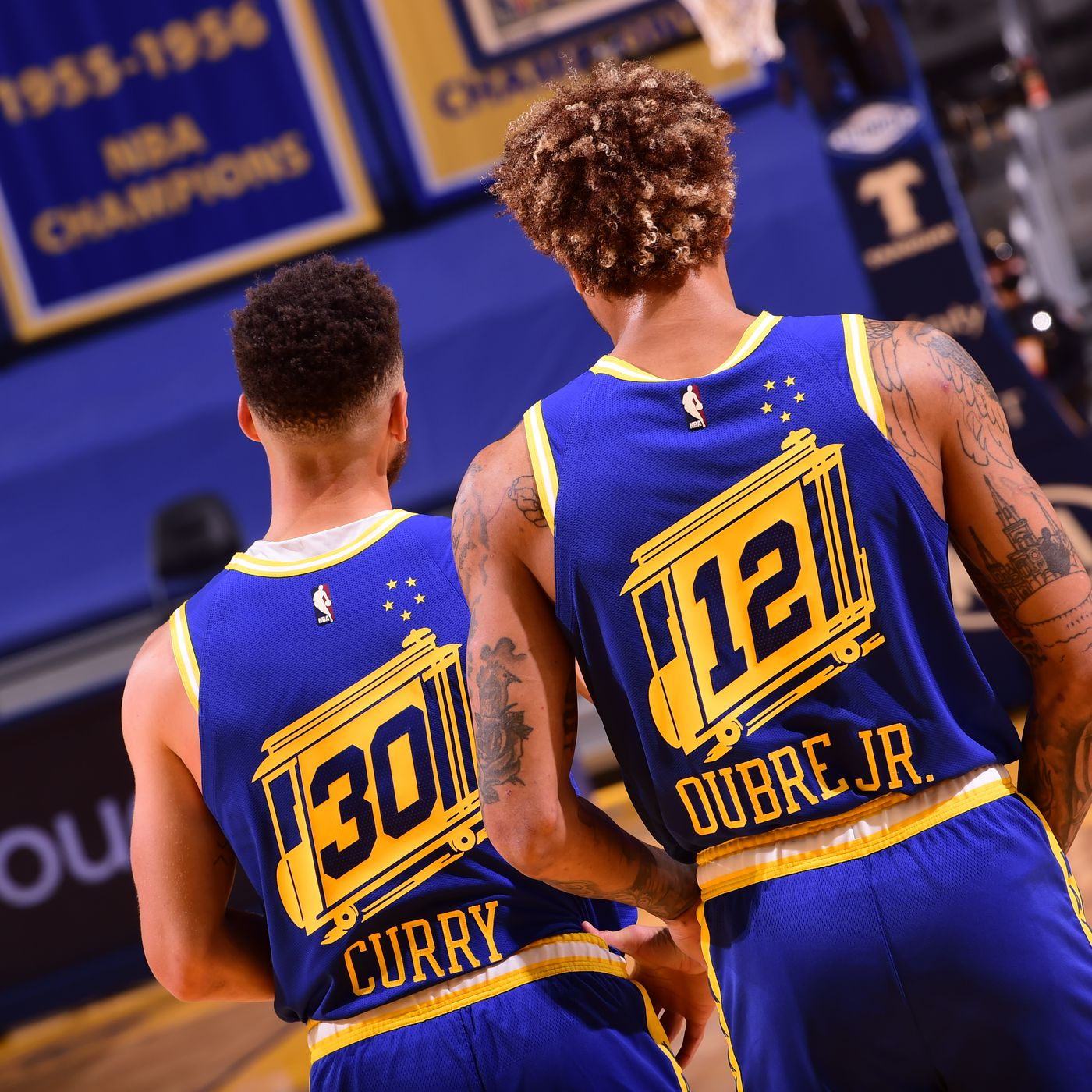 Golden State Warriors Stephen Curry Kelly Oubre Doubtful For Friday S Game Against Grizzlies Golden State Of Mind