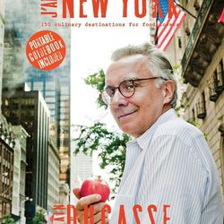 """<b>The Book:</b> <a href=""""http://mendo.nl/books/jaime-new-york-alain-ducasse?shelf=&find=true"""">J'aime New York</a> by Alain Ducasse<br> <b>Picked By:</b> Noreen Chadha, <a href=""""http://ny.racked.com/archives/2014/06/27/beach_reads.php"""">Mendo at CitizenM"""