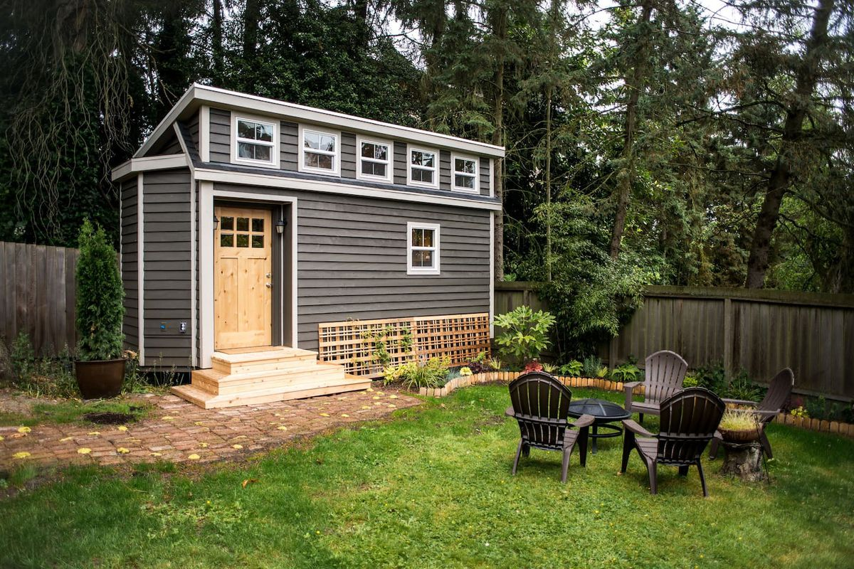 A backyard tiny home in Seattle, Washington. - 9 Tiny Homes You Can Rent Right Now - Curbed