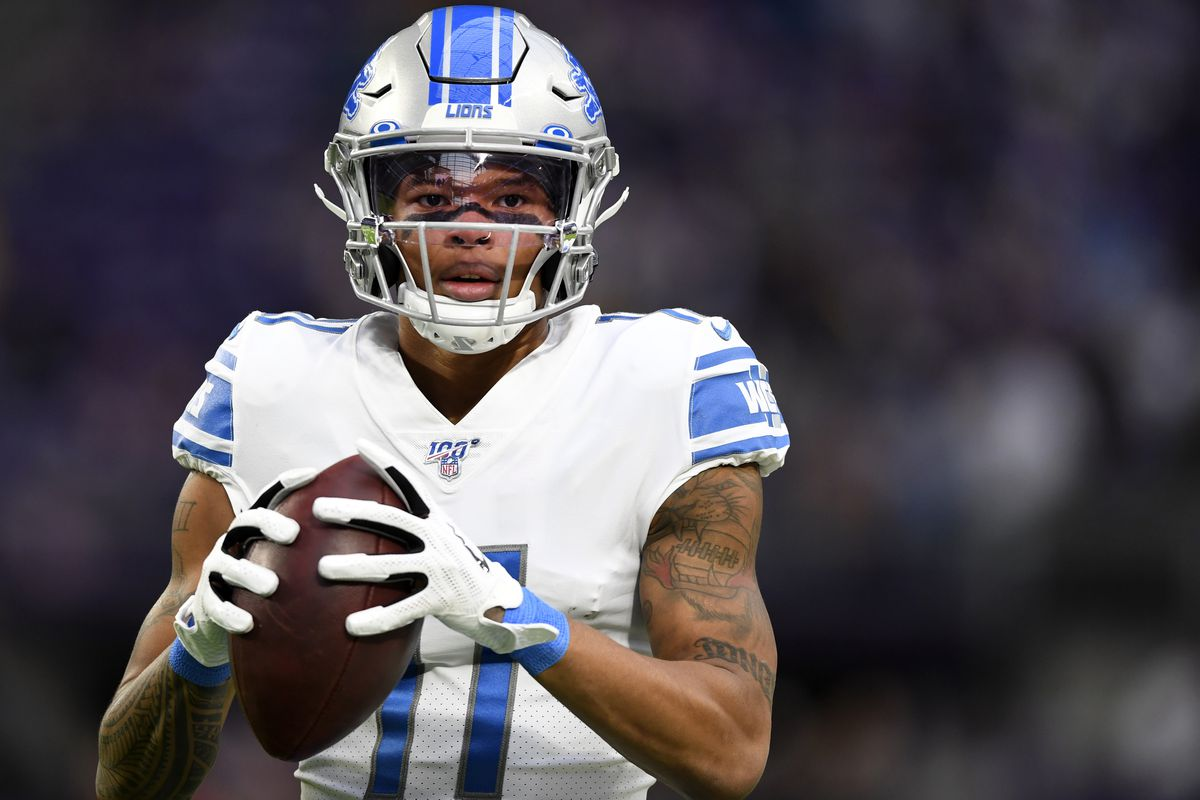 Detroit Lions wide receiver Marvin Jones #11 warms up prior to the game against the Minnesota Vikings at U.S. Bank Stadium on December 08, 2019 in Minneapolis, Minnesota.