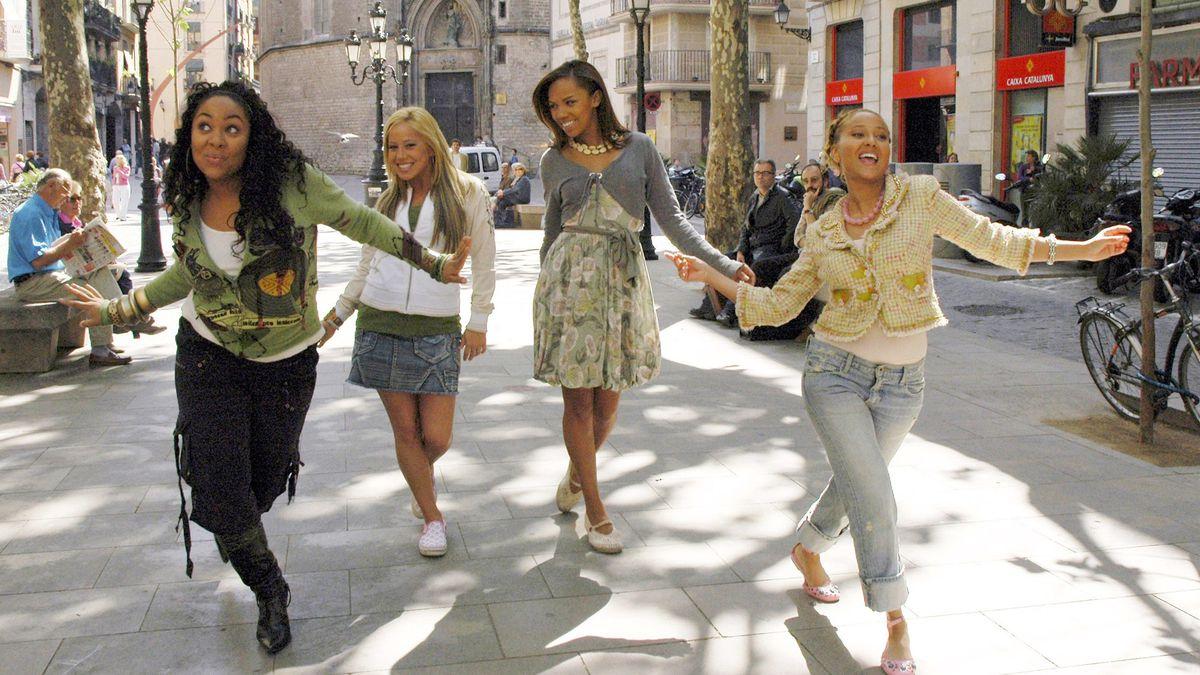 the cheetah girls dancing in the street