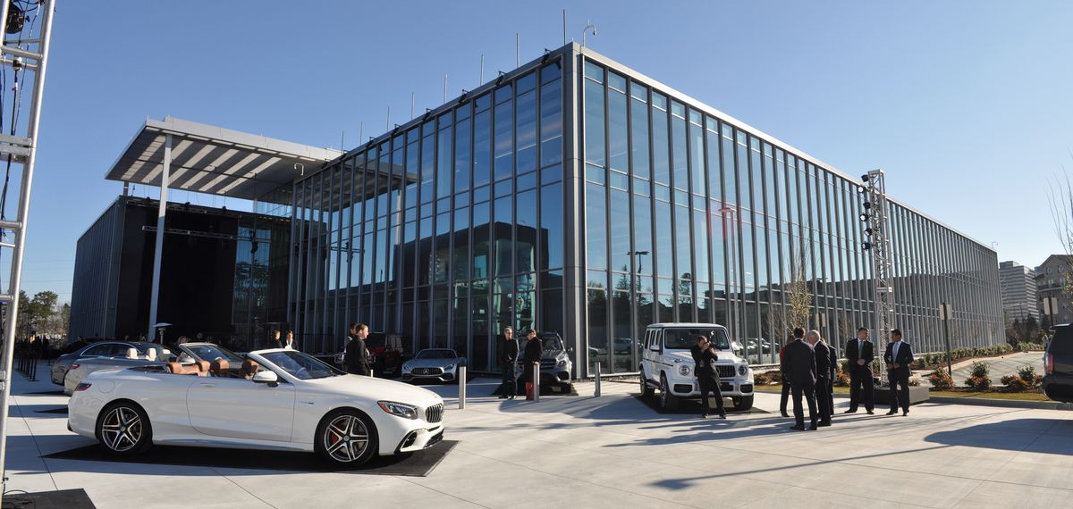 Mercedes benz unveils impressive new hq in sandy springs for Mercedes benz sandy springs
