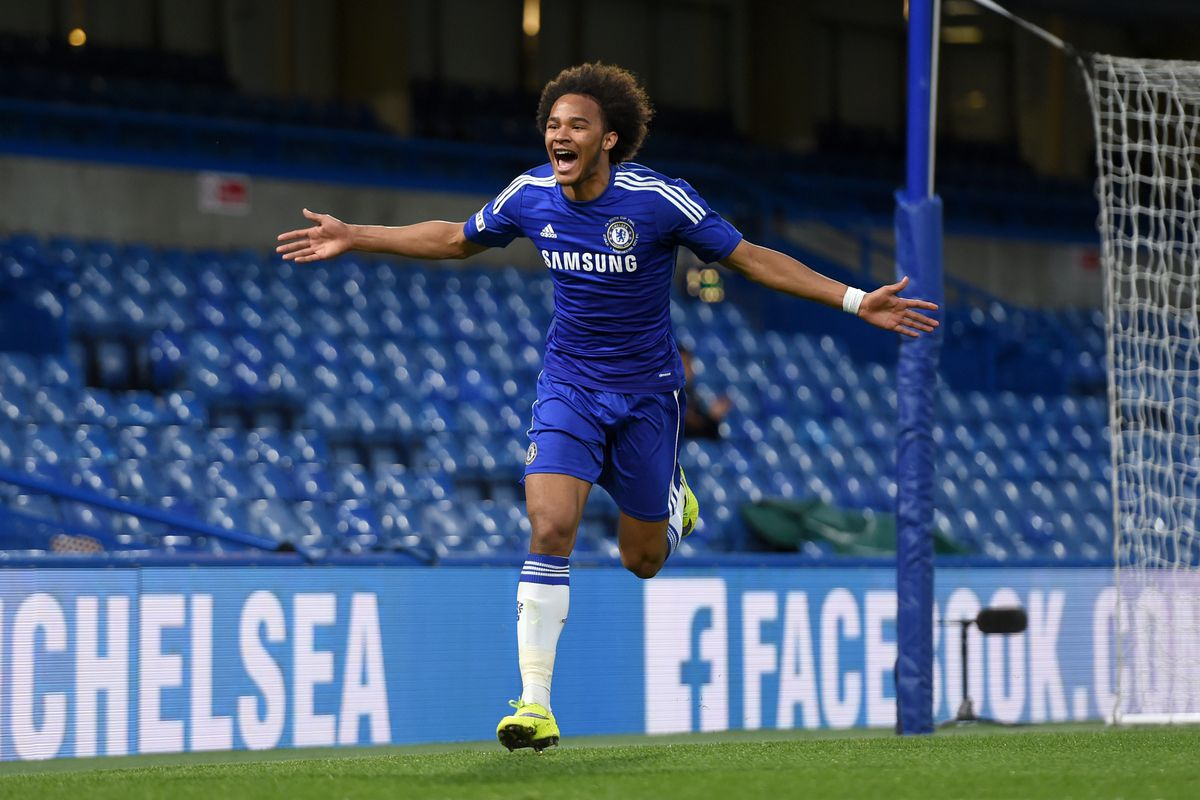 Soccer - FA Youth Cup Final - Second Leg - Chelsea v Manchester City - Stamford Bridge