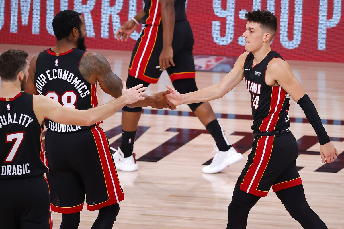 Tyler Herro S Historic 37 Points Leads Miami Heat To 112 109 Win Vs Boston Celtics And 3 1 Series Lead In East Finals Hot Hot Hoops