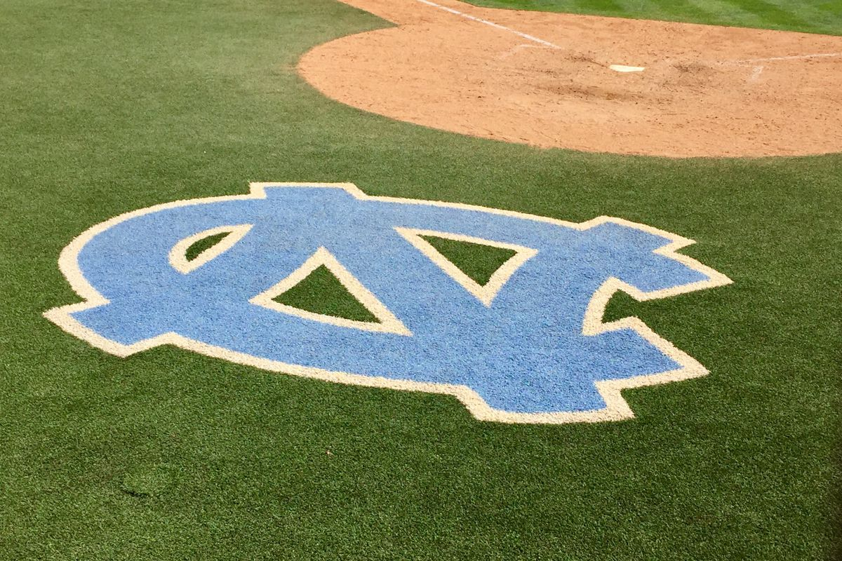 UNC beats Florida Gulf Coast 10-1 in NCAA elimination game