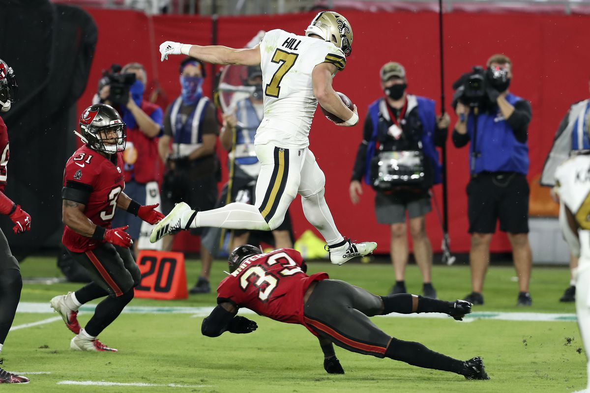 Taysom Hill hurdles; Marcus Williams picks off Tom Brady in Saints' win -  Deseret News