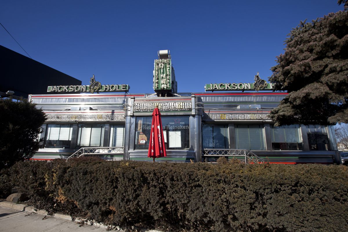 jackson_hole_exterior A Look Inside the Historic NYC Diners Still Keeping Traditions Alive