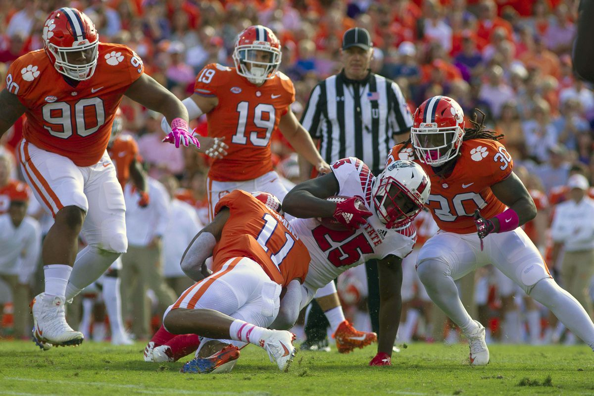 Clemson Vs N C State Tigers Defang The Wolfpack Shakin