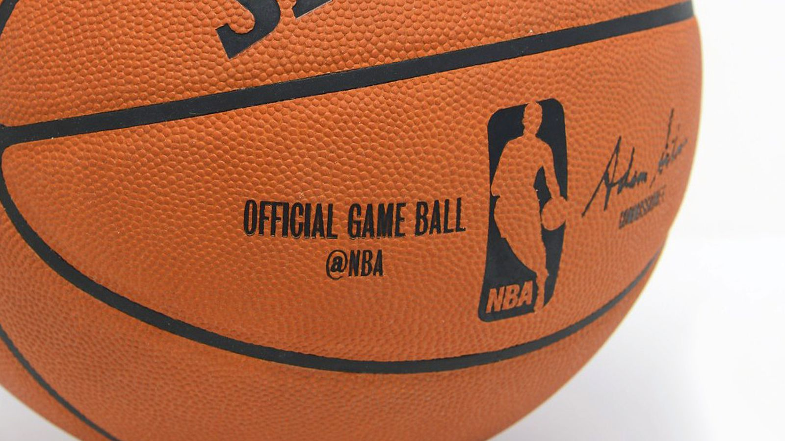 Twitter should bring an NBA basketball to its next ...