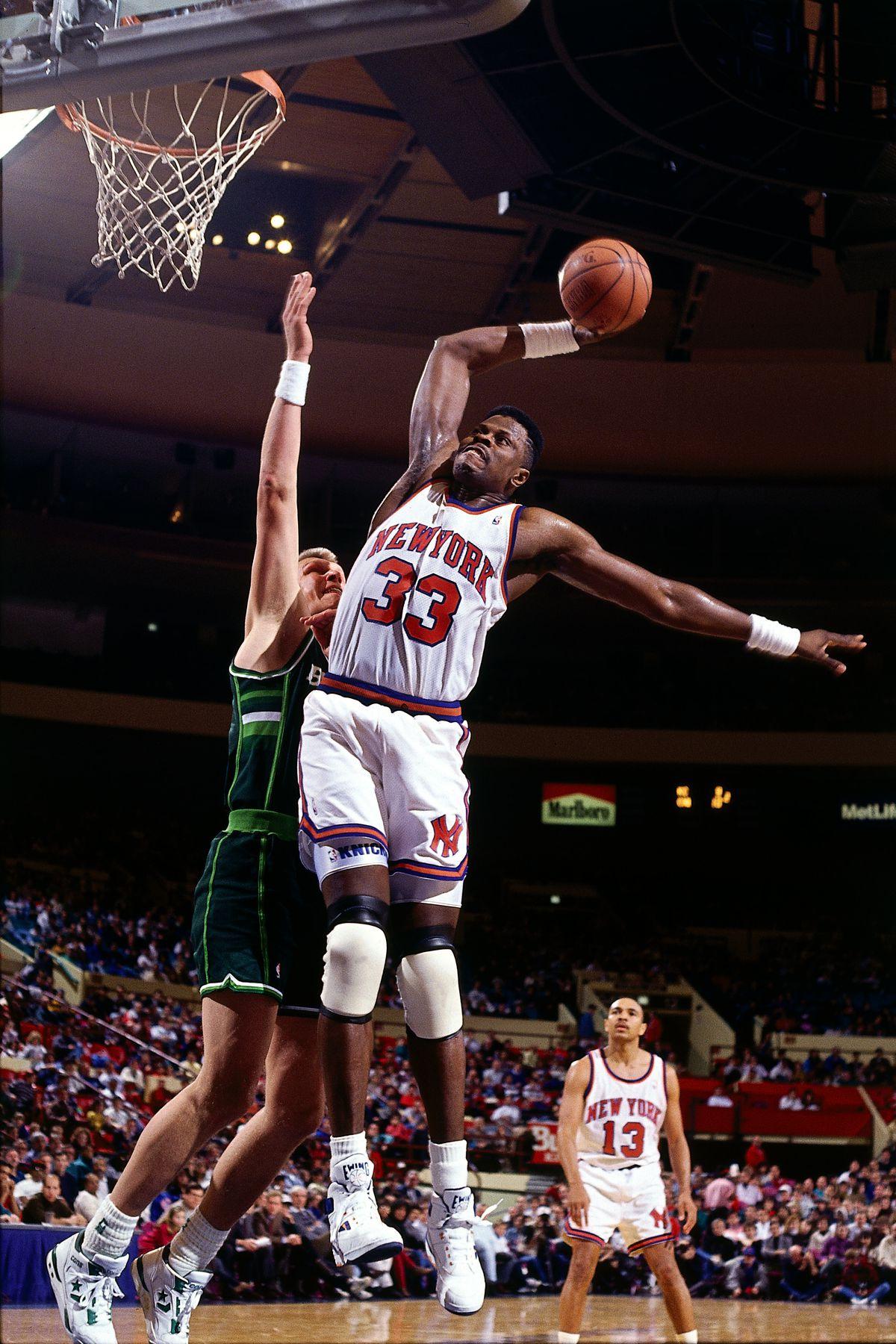 Ewing dunks