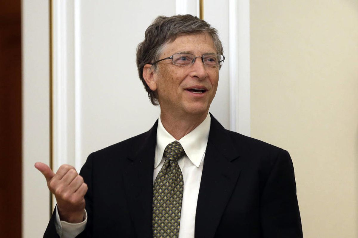 Microsoft founder Bill Gates speaks while he waits for South Korean President Park Geun-hye for their meeting at the presidential Blue House in Seoul, South Korea, Monday, April 22, 2013.