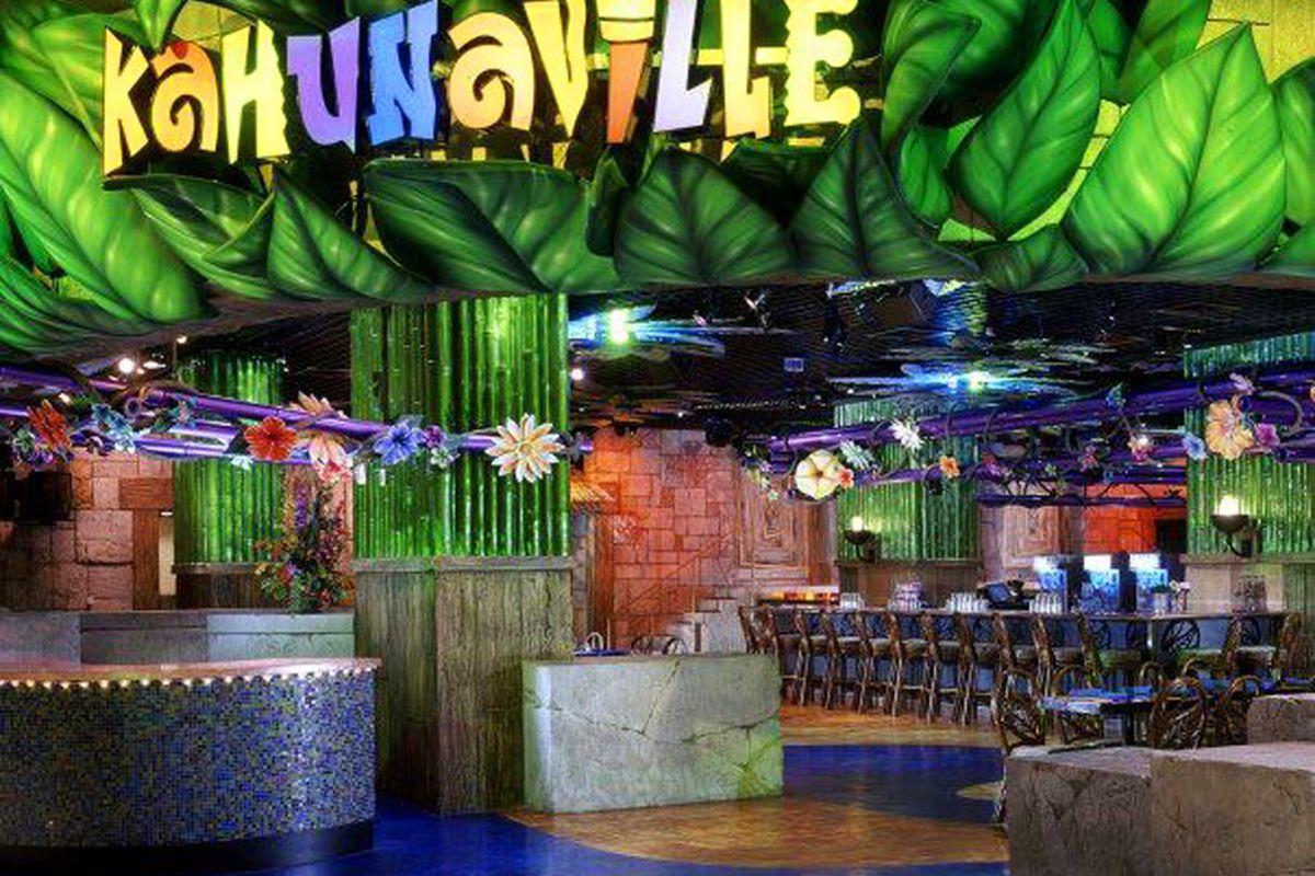 Treasure Island Kahunaville Bar