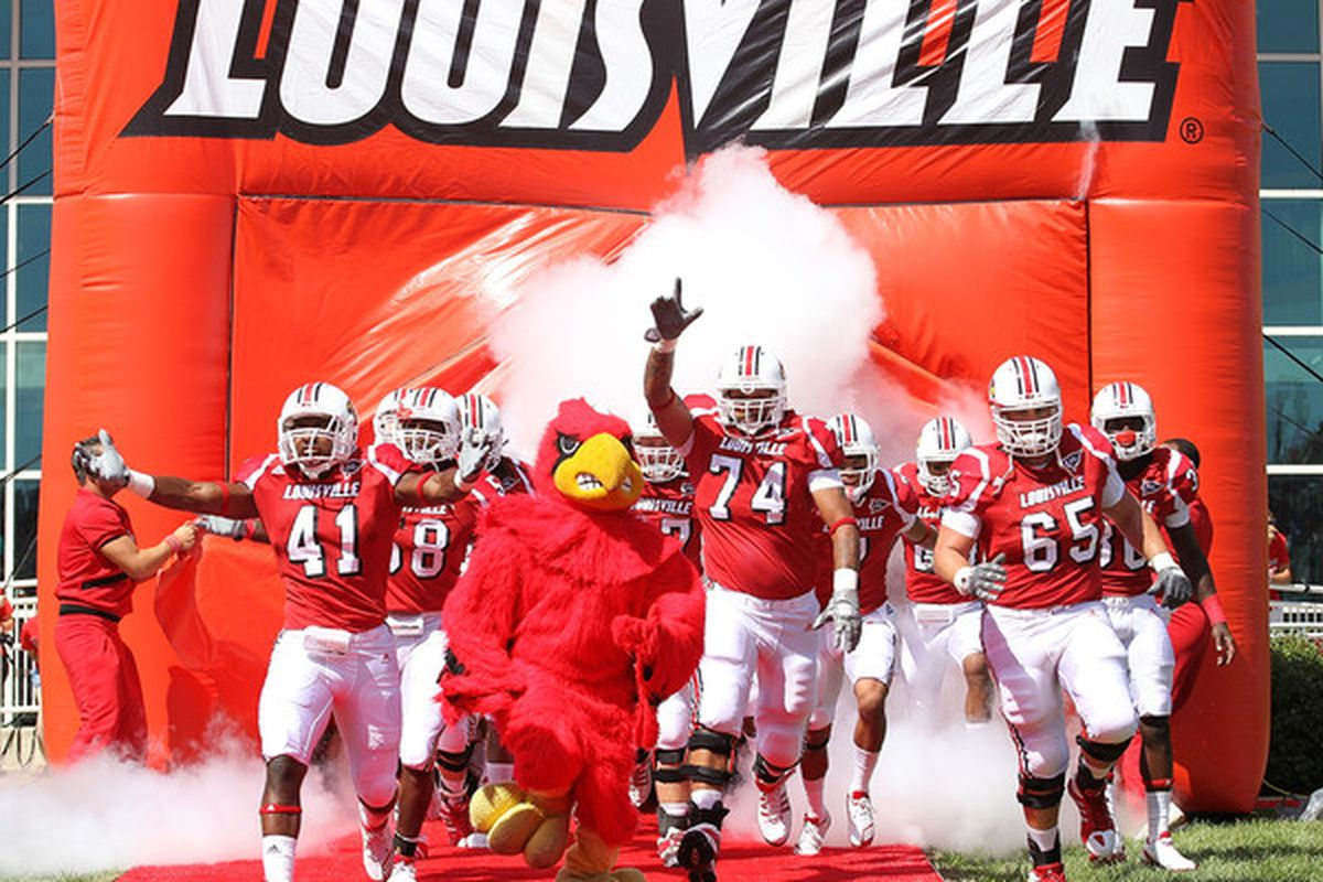LOUISVILLE KY - SEPTEMBER 04: The Louisville Cardinals take to field before the game against the Kentucky Wildcats at Papa John's Cardinal Stadium on September 4 2010 in Louisville Kentucky.  (Photo by Andy Lyons/Getty Images)