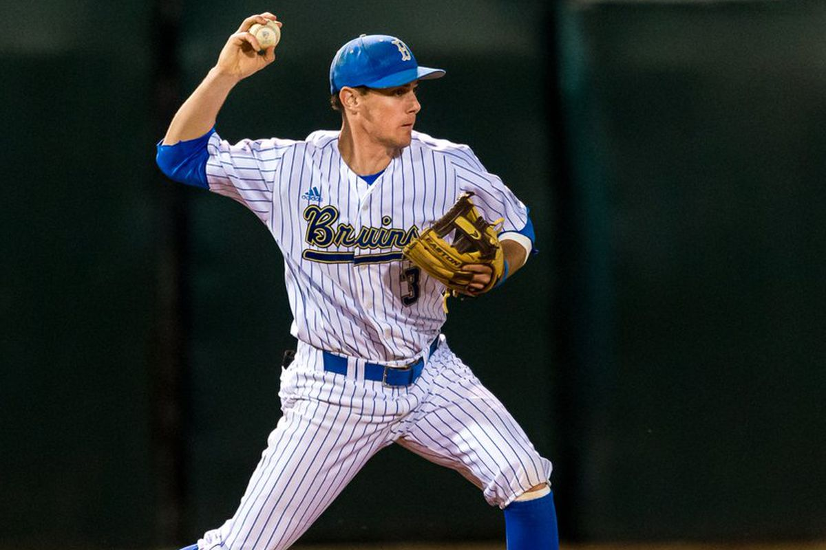 UCLA SS, Ryan Kreidler, was clutch with the bat last night, driving in 3 of UCLA's 4 runs.