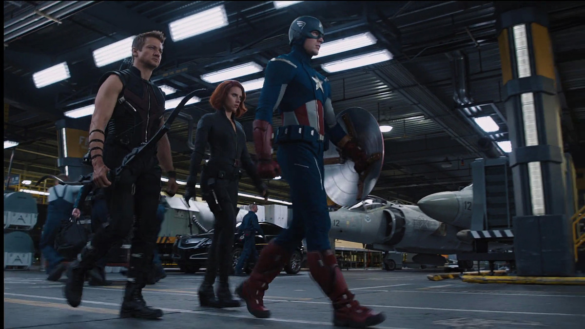 captain america, black widow, and hawkeye walk out to fight in avengers 2011