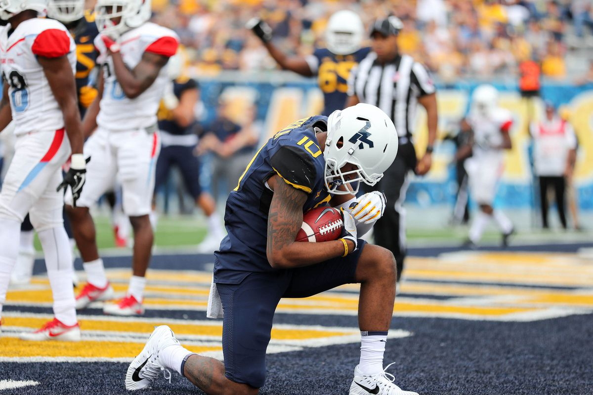 NCAA Football: Delaware State at West Virginia