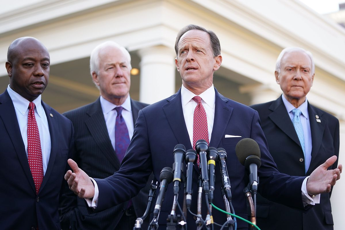Pat Toomey R Pa Second From Right Helped Pioneer A Novel Use Of The Congressional Review Act To Overturn Federal Rules Chip Somodevilla Getty Images
