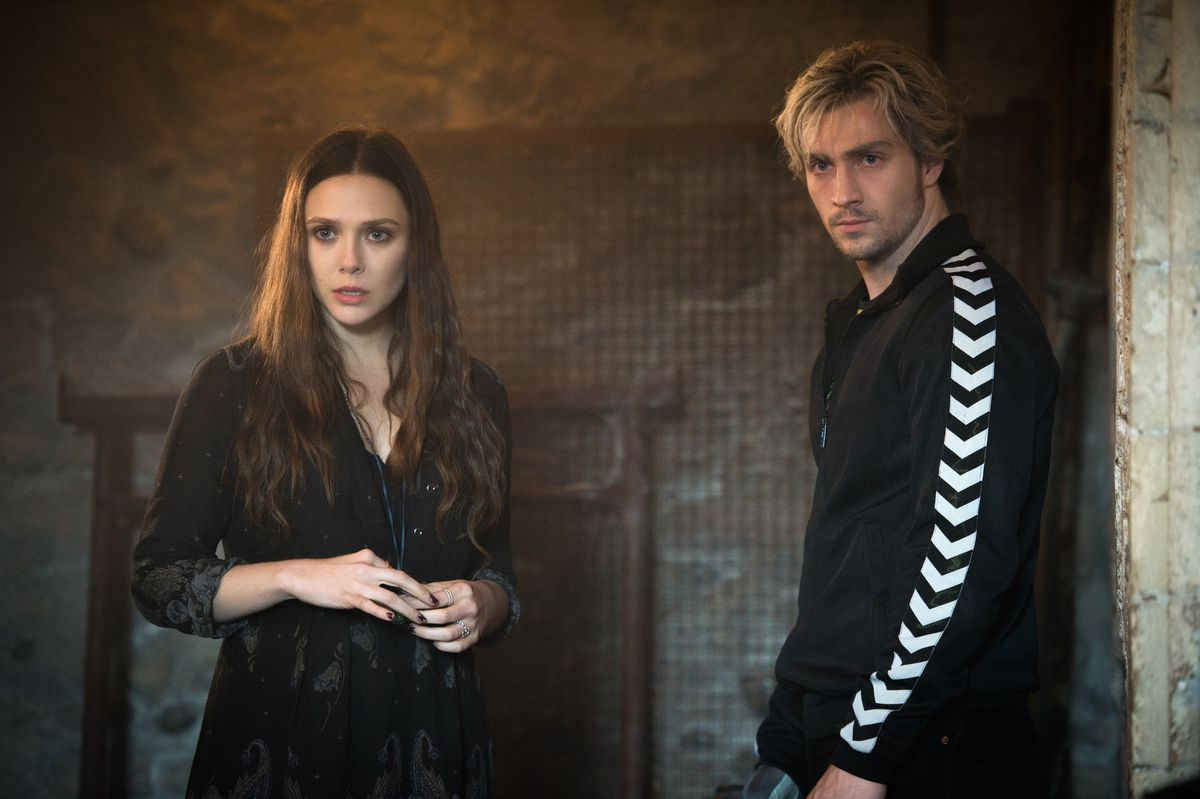 wanda and pietro maximoff (elizabeth olsen and aaron taylor-johnson) in avengers: age of ultron