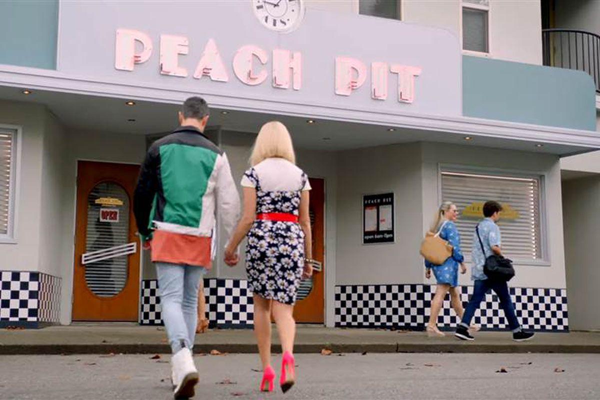 Peach Pit diner exterior fox beverly hills 90210