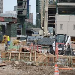 3:04 p.m. View looking east on Waveland through the open work gate at Waveland and Clark -