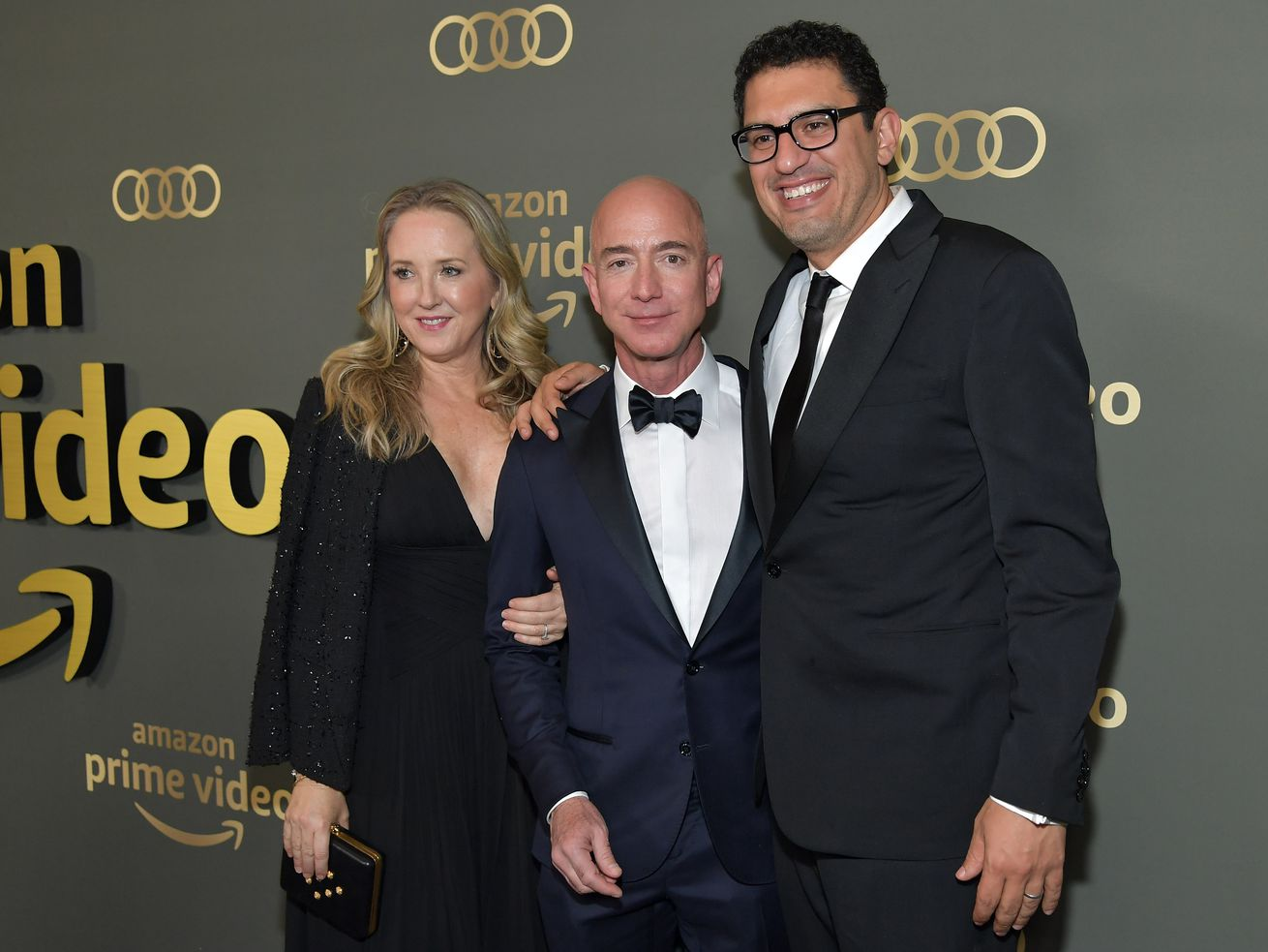 Amazon Studios chief Jennifer Salke, Amazon CEO Jeff Bezos, and <em>Homecoming</em> director Sam Esmail at a Golden Globes afterparty on January 6, 2019.