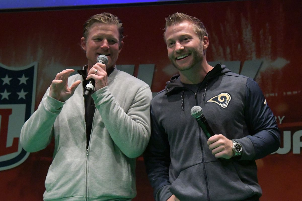 Los Angeles Rams General Manager Les Snead (left) and Head Coach Sean McVay on stage during NFL UK Live, Oct. 21, 2017.