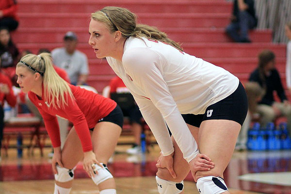 Sophomore libero Tess Sutton (left) and her teammate Shelby Dalton have helped their Utes to a 9-0 record to start the 2014 season.