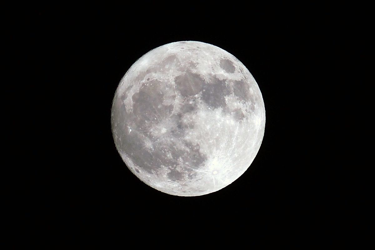 scientists pinpoint the exact age of the moon and it s older than