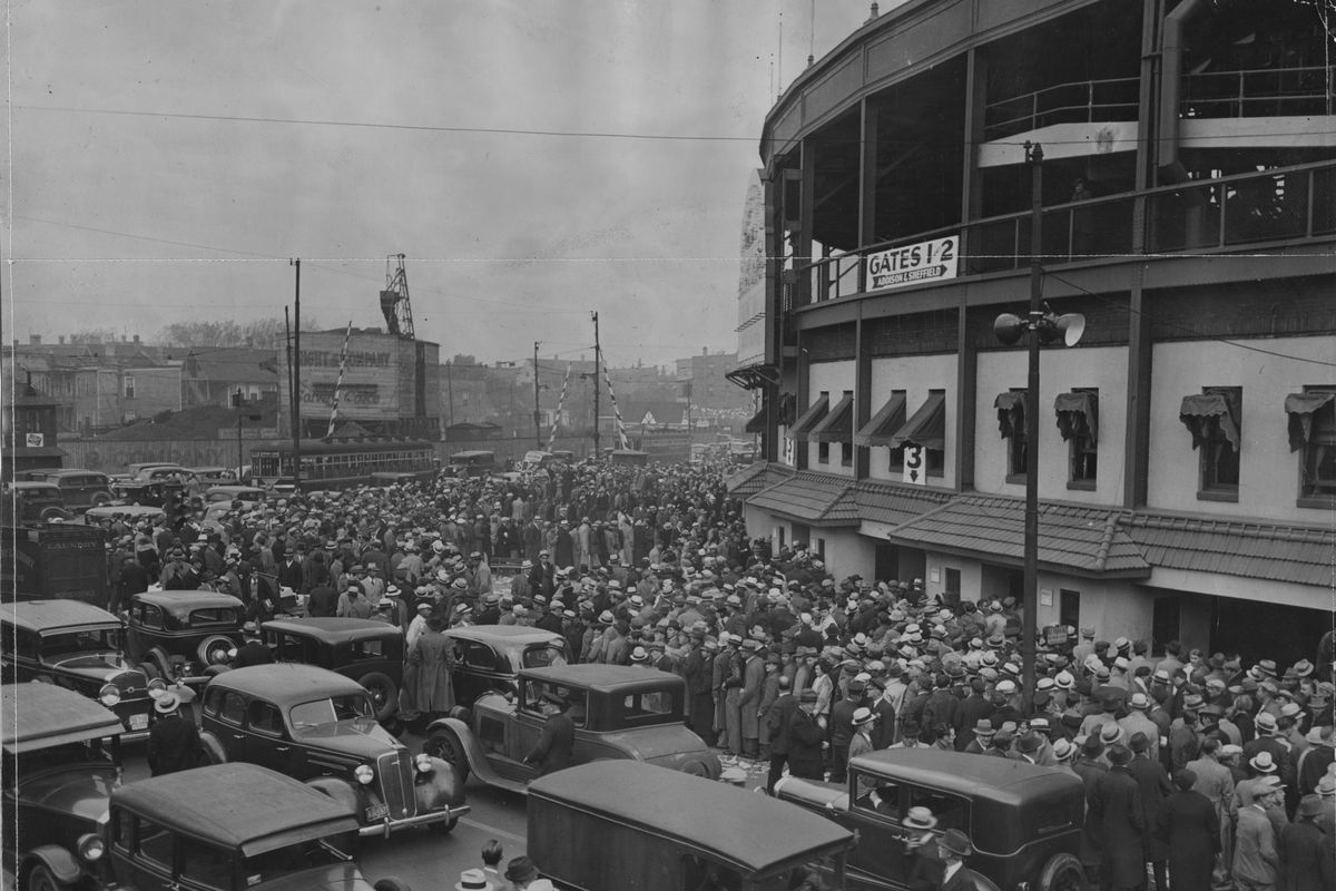 Fans line up for tickets at Wrigley before Game 3 of the 1935 World Series. Getting tickets will be just a bit more expensive this year