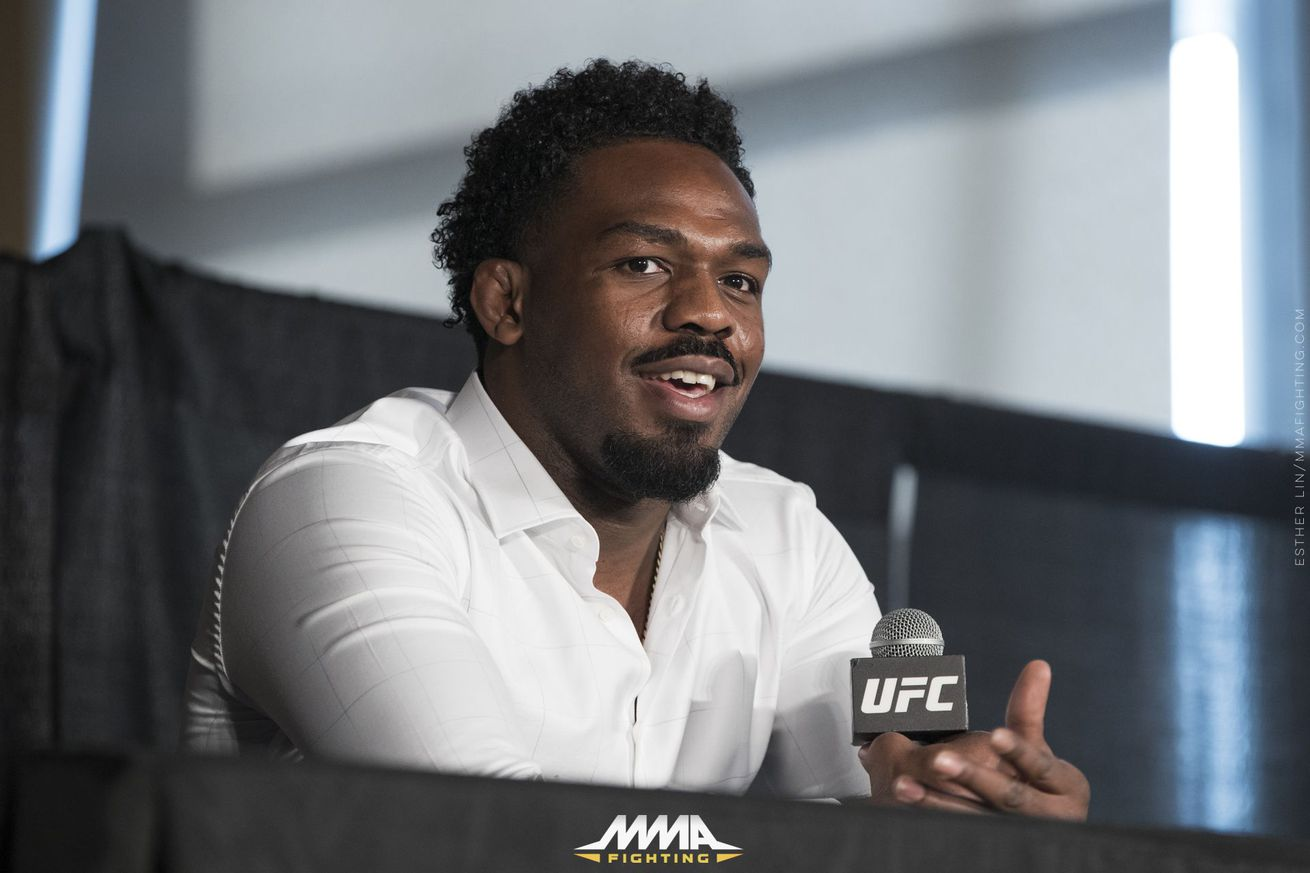 Jon Jones frustrated with Daniel Cormier's steroid accusations: 'Deep down this motherf*cker knows'