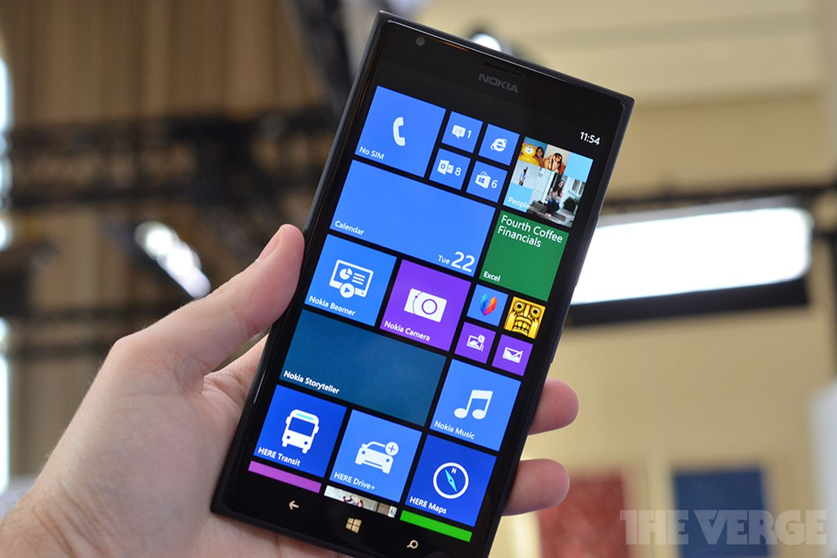 Nokia Lumia 1520: a first look at a 6-inch giant Windows Phone