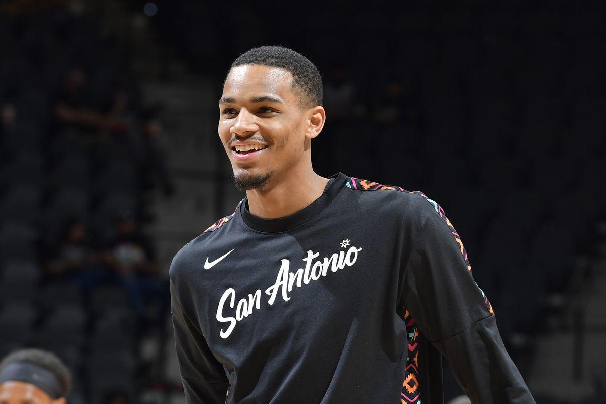 Los Angeles Clippers v San Antonio Spurs