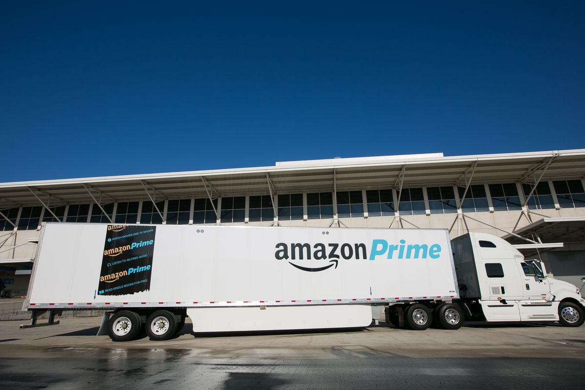 Amazon Buys Thousands of Its Own Truck Trailers as Its ...