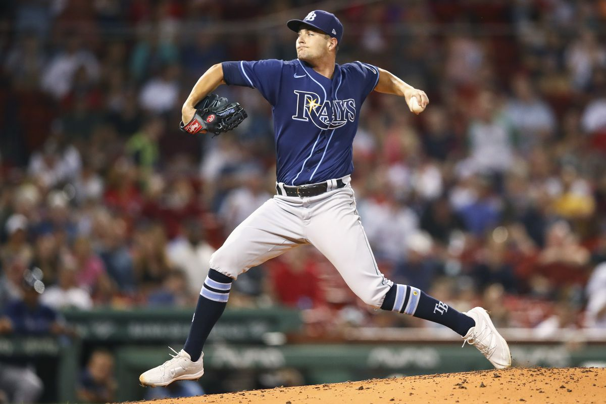 Shane McClanahan #62 of the Tampa Bay Rays pitches in the second inning of a game against the Boston Red Sox at Fenway Park on September 8, 2021 in Boston, Massachusetts.