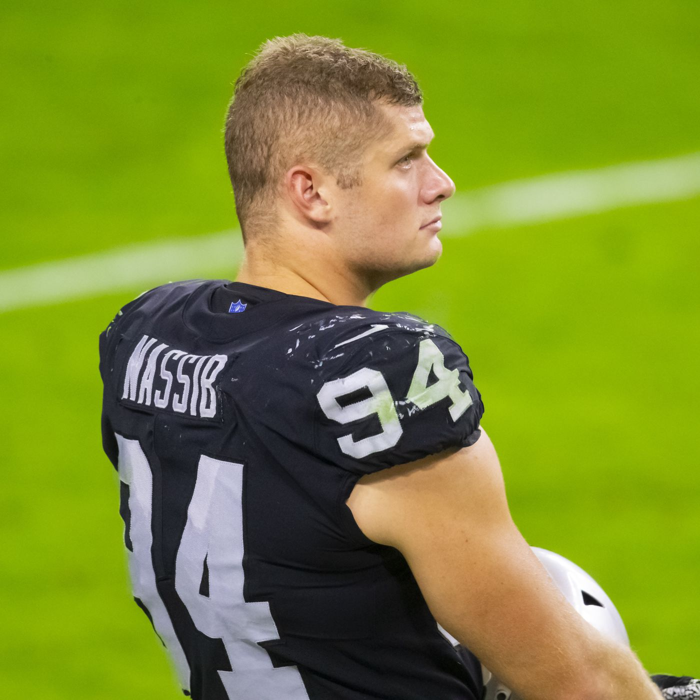 Las Vegas Raiders' Carl Nassib becomes NFL's first active player to come  out as gay - Field Gulls