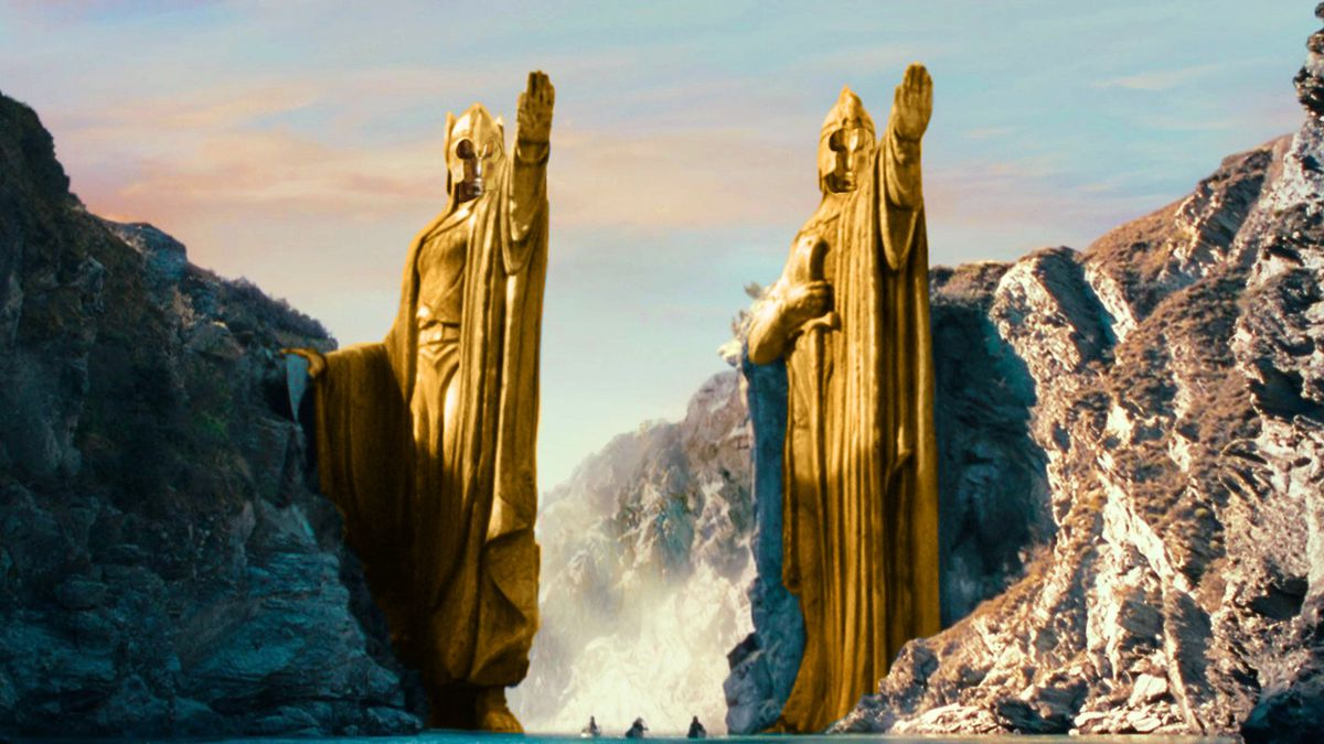 Argonath in Lord of the Rings: Fellowship of the Ring as Oscar statues