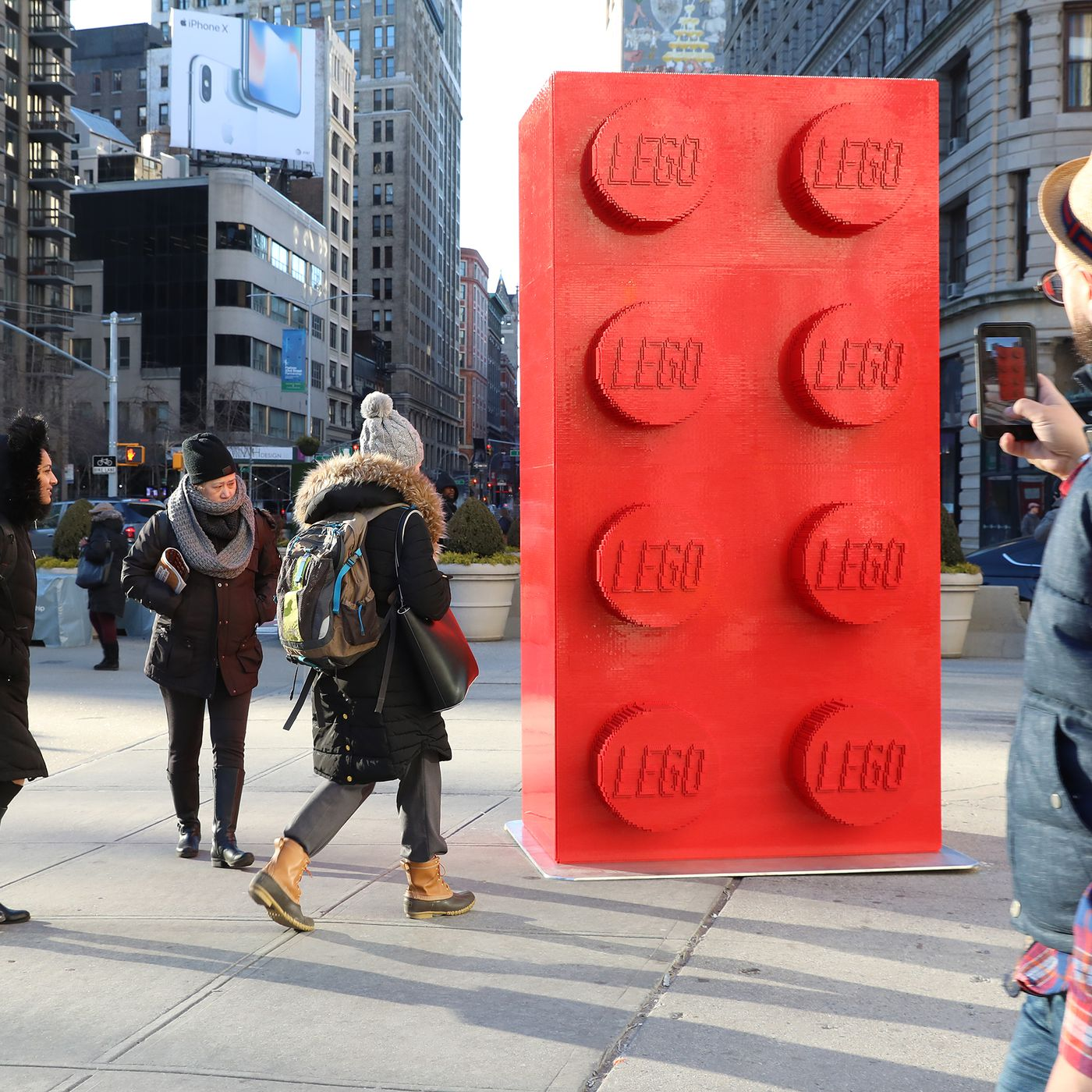 Watch a 10-foot-tall giant Lego brick get built out of 133,000