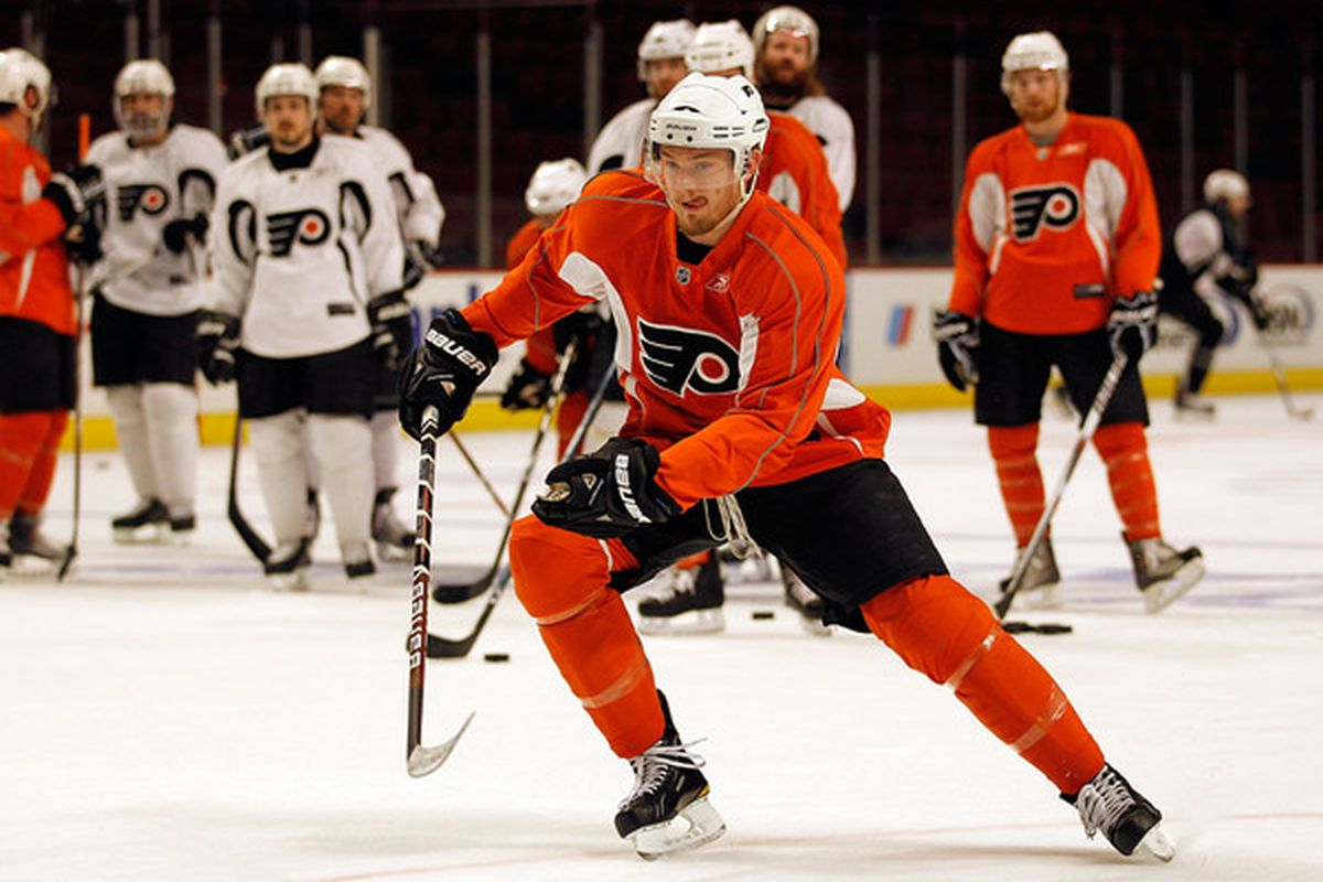 CHICAGO - MAY 28: James Van Riemsdyk #21 of the Philadelphia Flyers skates up the ice during Stanley Cup practice at the United Center on May 28, 2010 in Chicago, Illinois. (Photo by Jonathan Daniel/Getty Images)