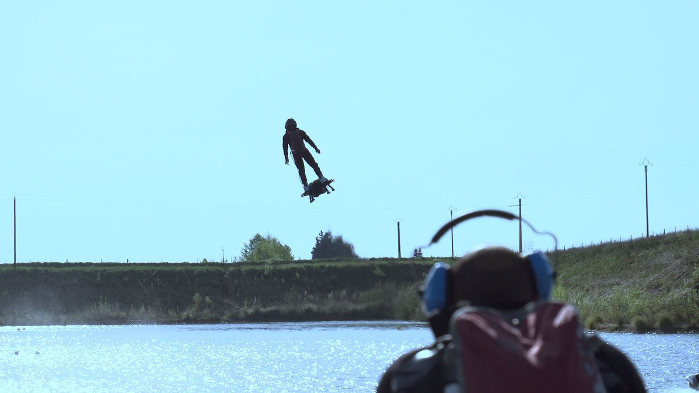 Water Hoverboard For Sale >> Yes The Jet Powered Hoverboard Is Real And Yes The