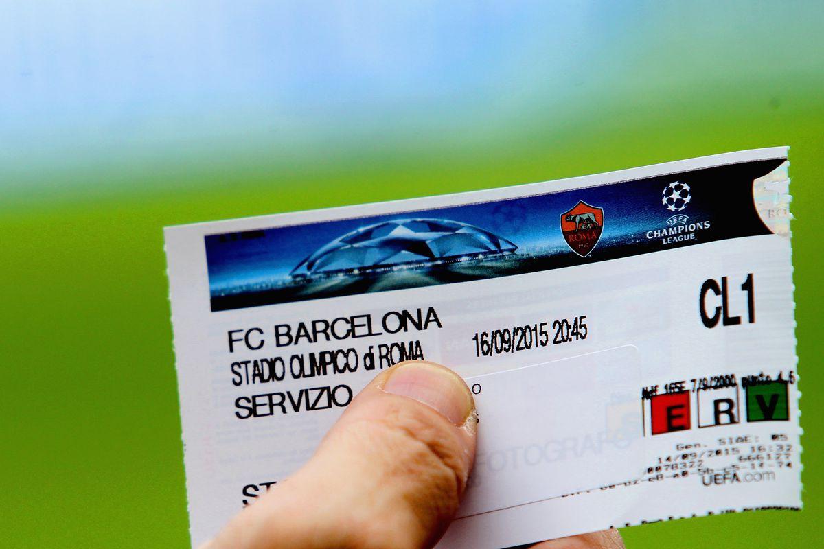 AS Roma v FC Barcelona - UEFA Champions League