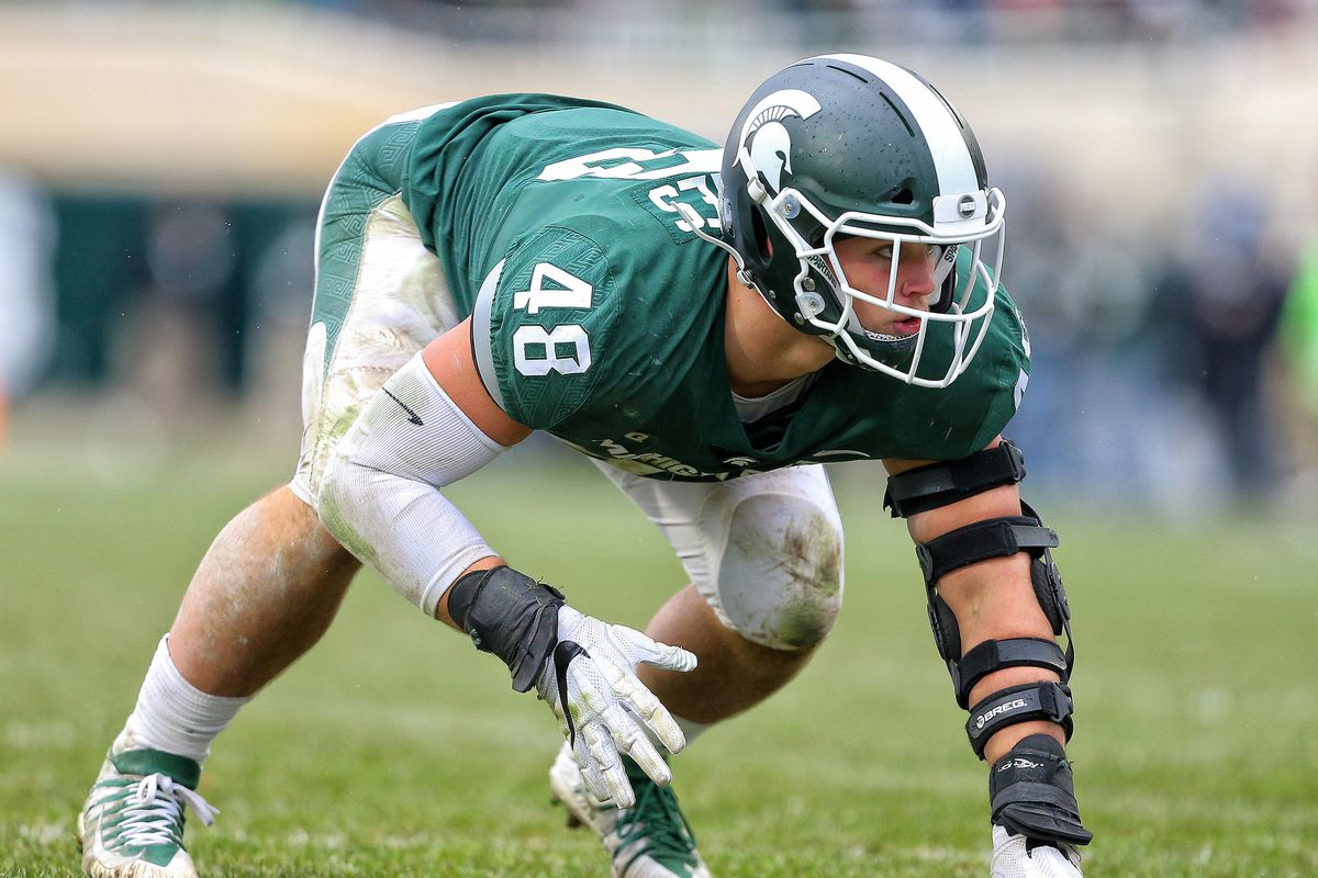 Michigan State Spartans defensive end Kenny Willekes before a snap against the Purdue Boilermakers, Oct. 27, 2018.