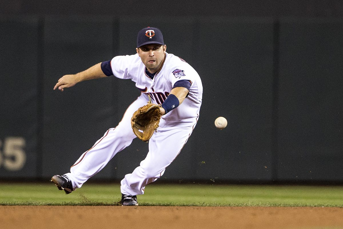 Snagging grounders and playing sweet fills, that's Brian Dozier's thing
