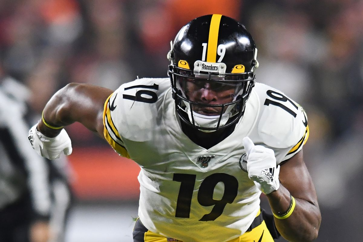 Wide receiver JuJu Smith-Schuster of the Pittsburgh Steelers runs a route in the first quarter of a game against the Cleveland Browns on November 14, 2019 at FirstEnergy Stadium in Cleveland, Ohio.