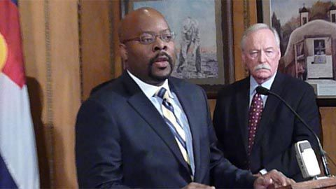 D. Rico Munn (left), former director of the Colorado Department of Higher Education, talks to Jim Lyons (right), cochair of a strategic plan study panel.<em> EdNews</em> file photo