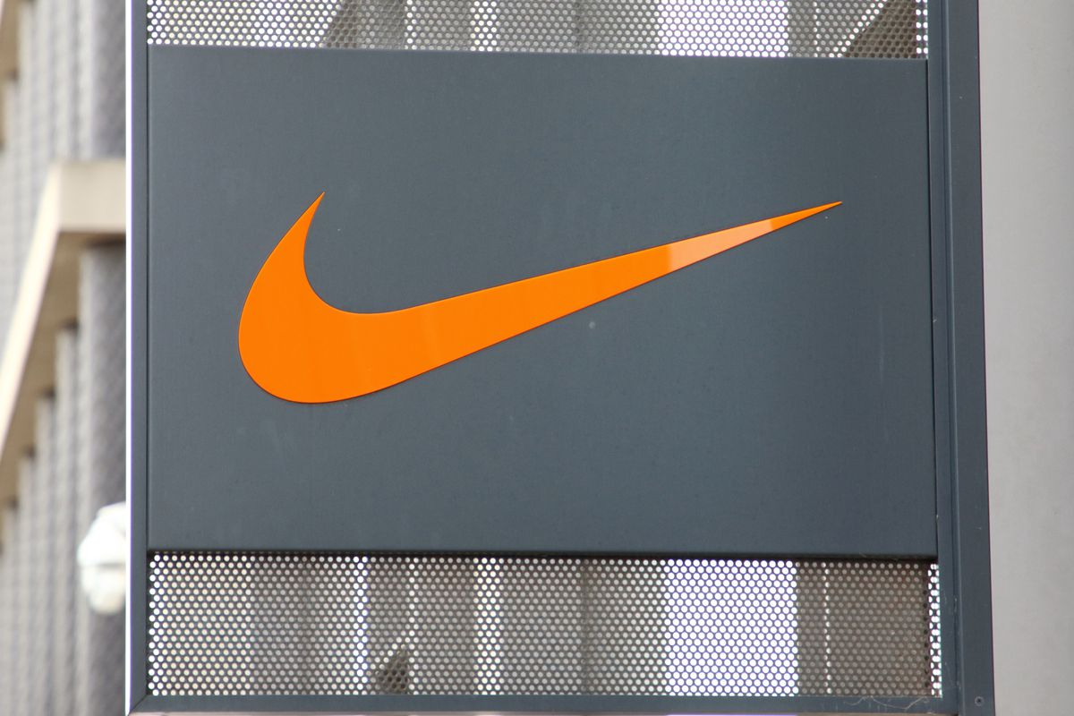 Nike ends direct sale of clothes and shoes on Amazon The Verge