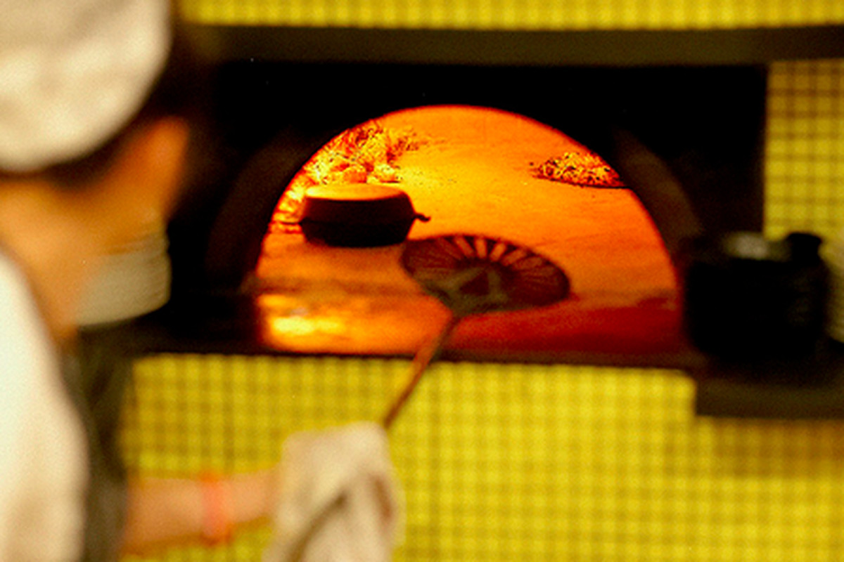 Pizza oven at Sotto, West LA.