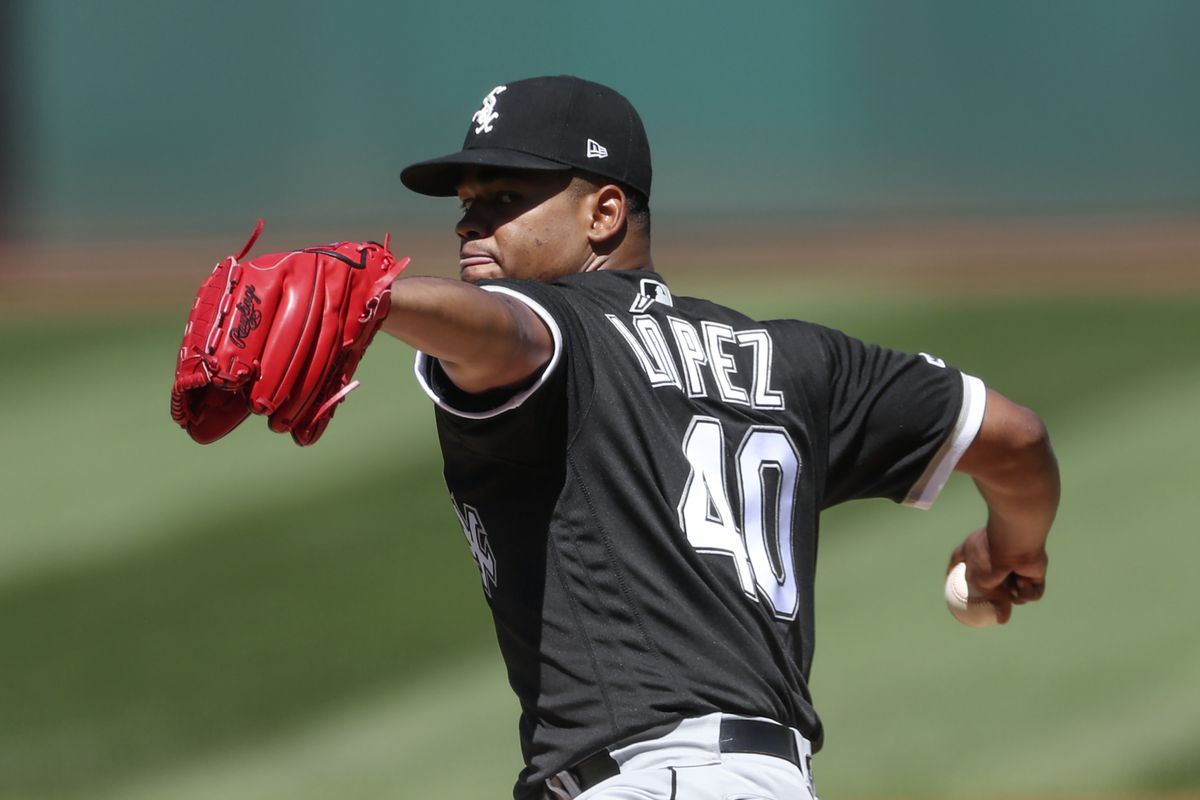 White Sox' starter Reynaldo Lopez stymies Indians with 1-hitter