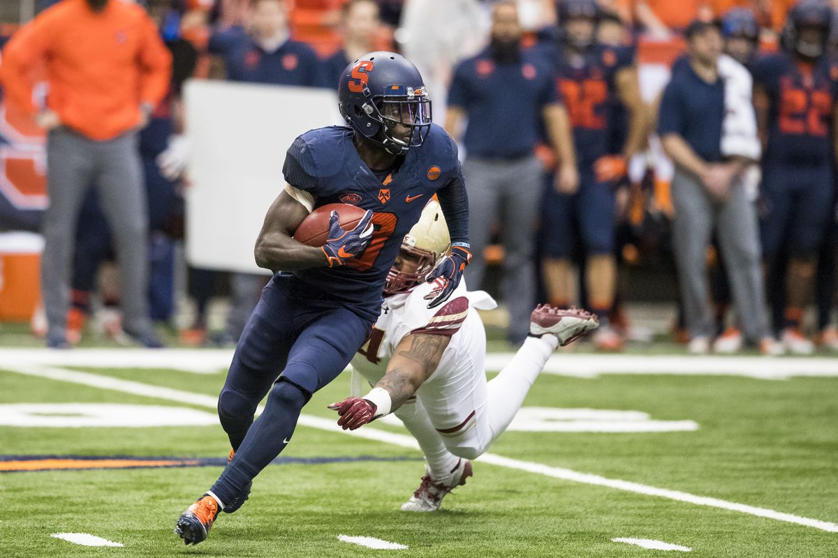 huge discount c7225 26e95 Tampa Bay Buccaneers Sign Syracuse Orange WR Ervin Philips ...
